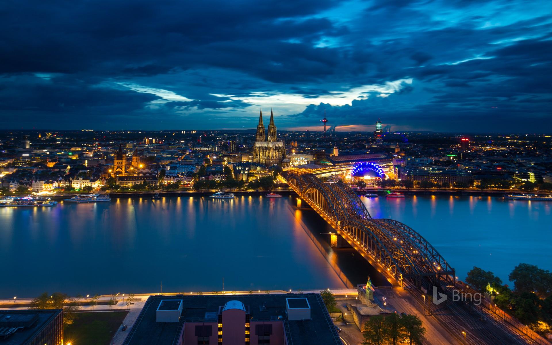Köln bei Nacht : Deutschlands viertgrößte Stadt